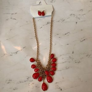 Jewelry - Kohl's Necklace and Earrings set